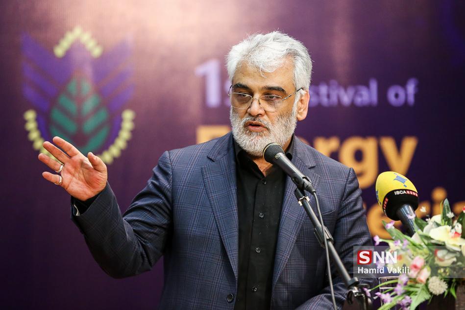 طهرانچی از کاهش درآمد های دانشگاه آزاد ابراز نگرانی کرد ، خدمت رسانی به بیماران کرونا در 3 بیمارستان