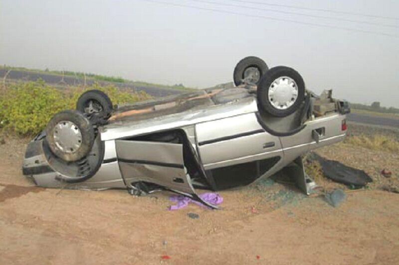 خبرنگاران واژگونی خودرو در مهریز یک کشته و پنج نفر زخمی برجا گذاشت
