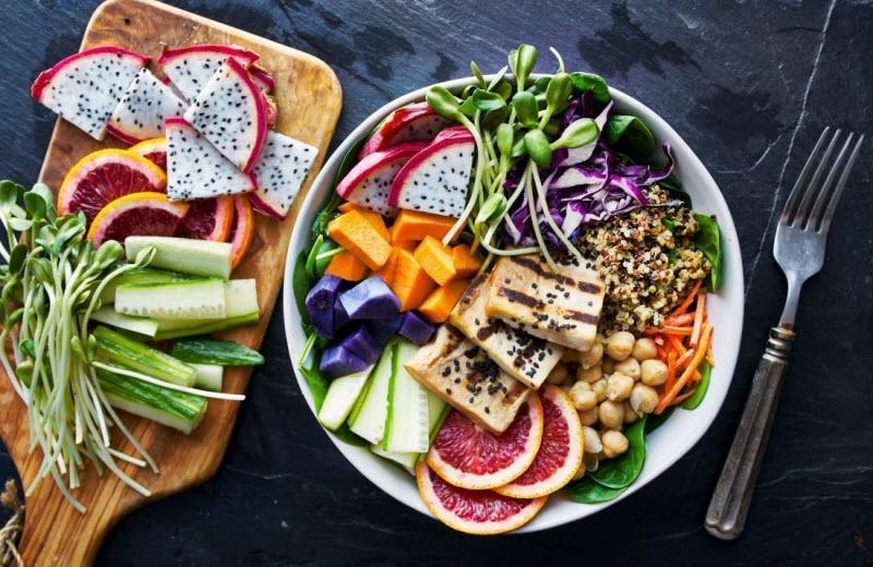 منظور از رژیم غذایی DASH چیست و چگونه به بهبود فشار خون یاری می نماید؟