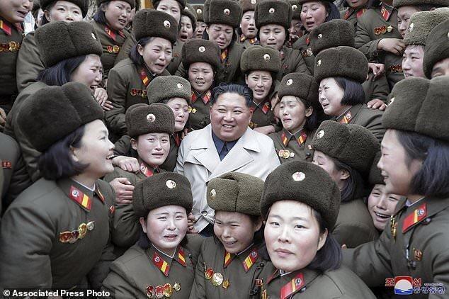 روسای جمهور چین و روسیه به کیم تبریک گفتند