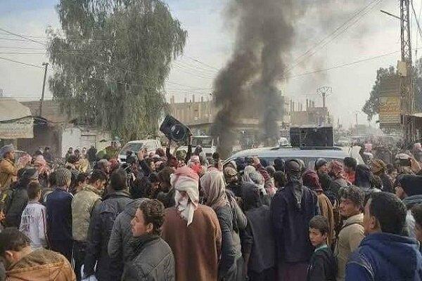 تظاهرات مردم سوریه علیه عناصر وابسته به آمریکا
