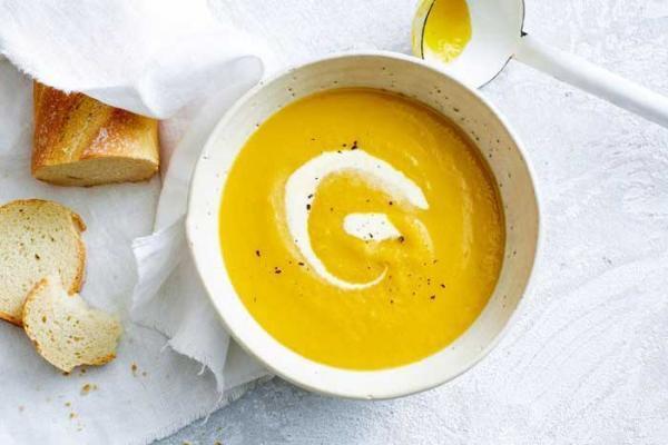 طرز تهیه سوپ کدو حلوایی با شیر و شیر نارگیل