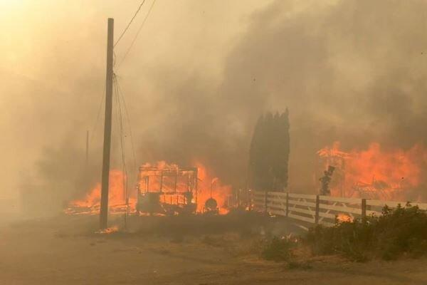 گرمای بی سابقه و آتش سوزی در غرب کانادا، منازل مسکونی تخلیه شدند
